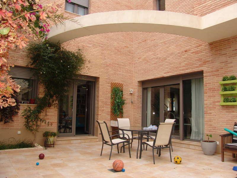 Venta y alquiler de casas en valencia inmobiliaria ablas real estate - Casas en catarroja ...